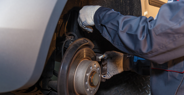 Telltale Signs Your Vehicle Needs Brakes